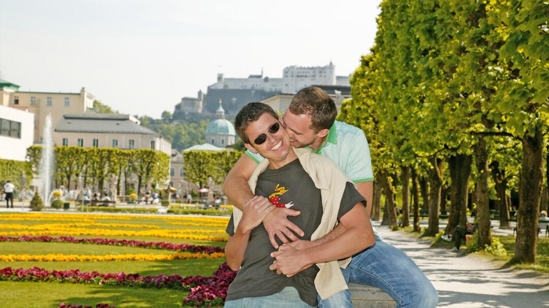 gay happy shemale eskort solna