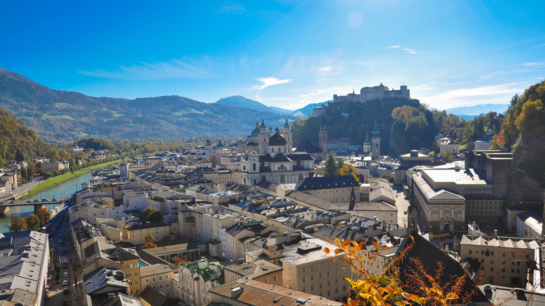 View of the Mönchberg on the fortress in autumn | © Tourismus Salzburg GmbH