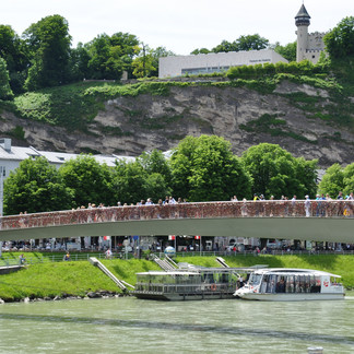View to the Salzach and the Makartsteg  | © Tourismus Salzburg GmbH