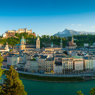 View from the Kapuzinerberg to the old town of Salzburg  | © Tourismus Salzburg GmbH