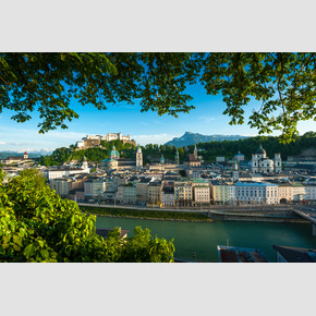 Panorama of Salzburg during summer season from Kapuzinerberg | © Tourismus Salzburg, Foto: Breitegger Günter