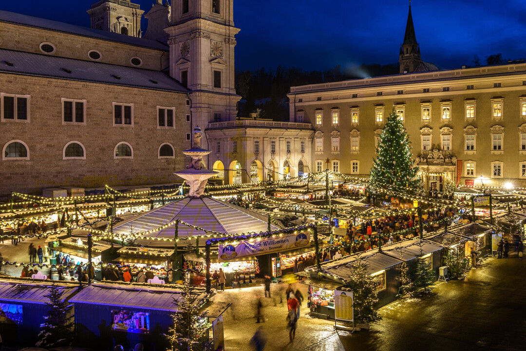 Salzburg Christkindlmarkt in the city center around the cathedral | © Tourismus Salzburg / G.Breitegger