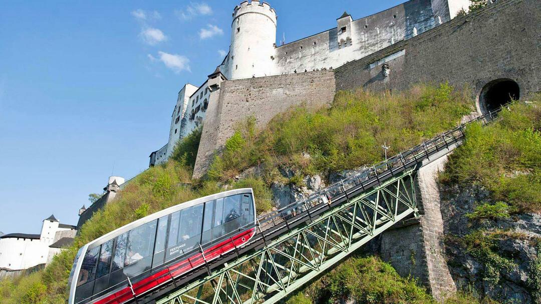 نتيجة بحث الصور عن كابل السكك الحديدية إلى القلعة سالزبورغ