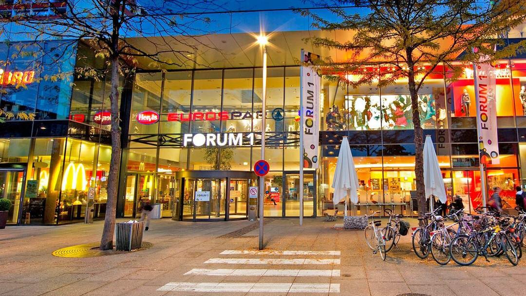 forum 1 shopping center in salzburg salzburg info rh salzburg info forum18 - belarus forum 18 news