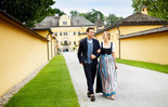 couple at Hellbrunn Palace | © Tourismus Salzburg