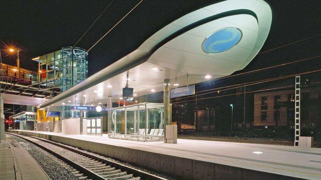 S Bahn Public Transportation In Salzburg Salzburginfo
