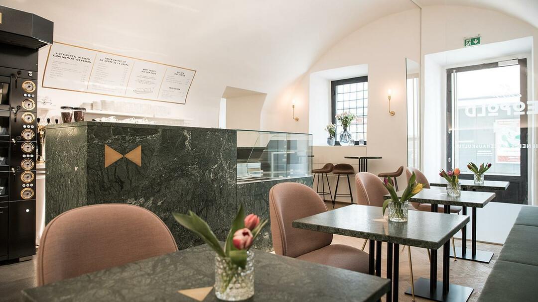 Herr Leopold Café Salzburginfo