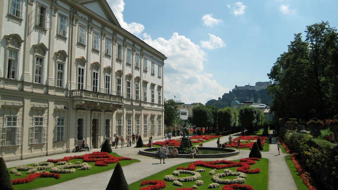 نتيجة بحث الصور عن in salzburg mirabell palace