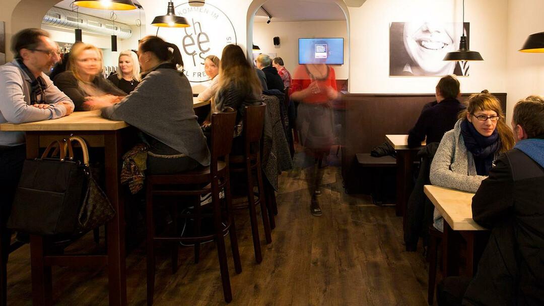 Bars In Salzburg Umgebung Bars Nightlife In Salzburg Dining