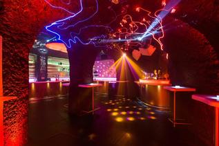 Bars Nightlife In Salzburg Dining