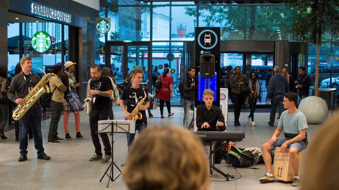 Music at Train Station | © Take the A-Train